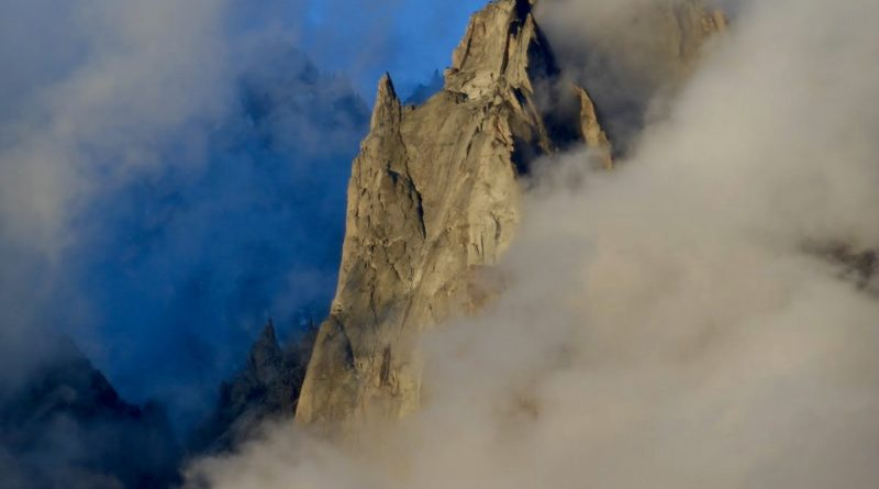 Aiguille Granit Chamonix Requin