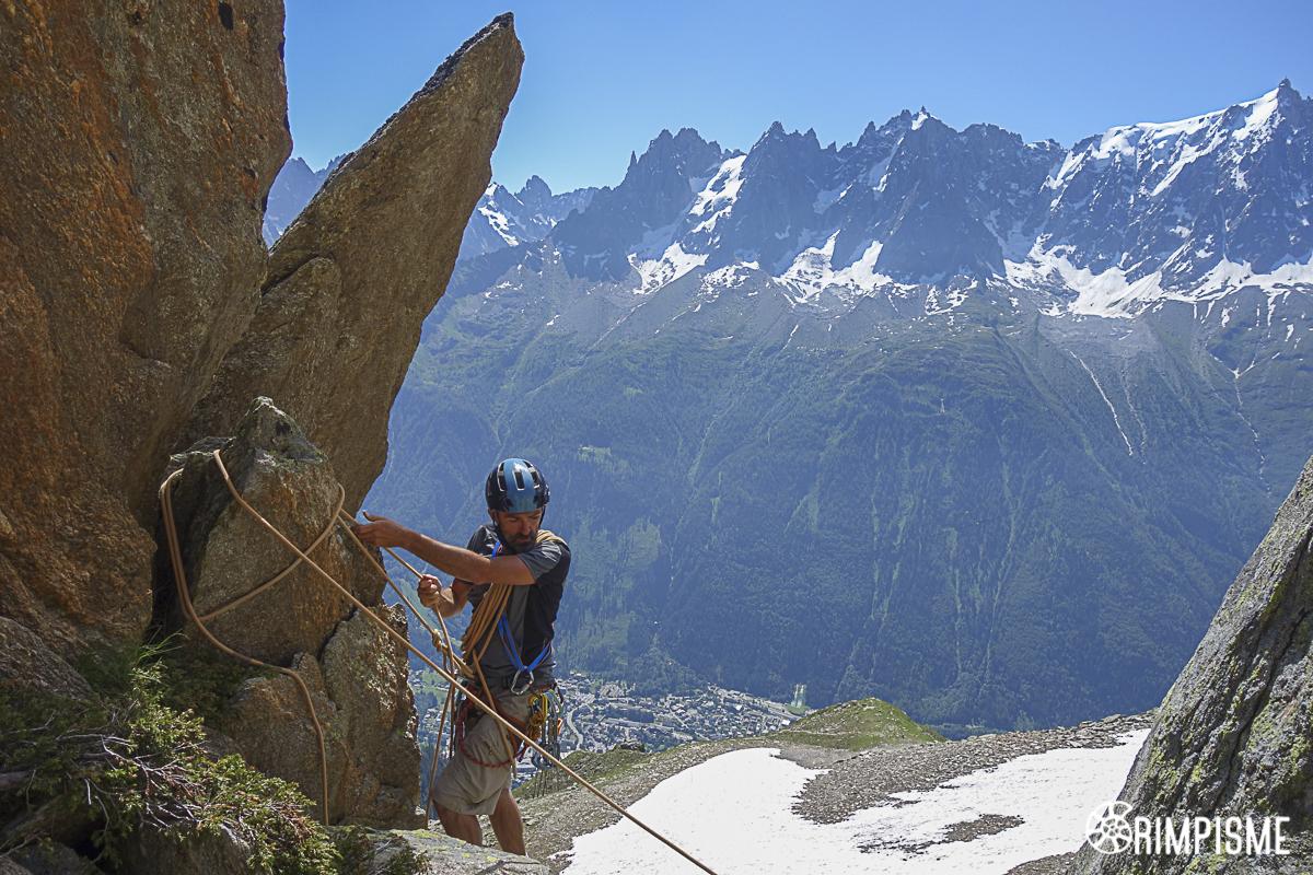 Formation rocher montagne avec vue ...